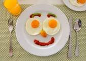 Five Important Reasons Why You Should Never Skip Breakfast.