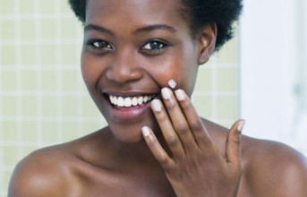 Top 7 Beauty Tips to Keep your Dark skin from Aging