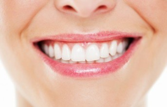 6 Ways to Naturally Whiten Your Teeth-Click Here To Try It; It Works Like Magic.