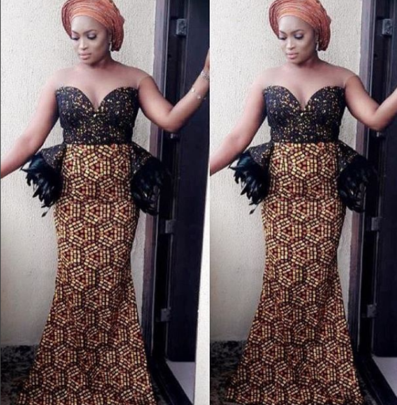 Asoebi Look Book: See The Latest Styles In Town.