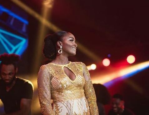 Simi is Slaying in this Golden Outfit.