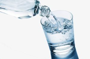 does water help in weight loss?