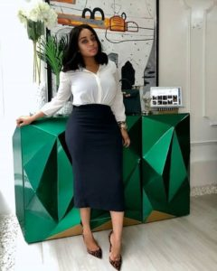 corporate outfits for women