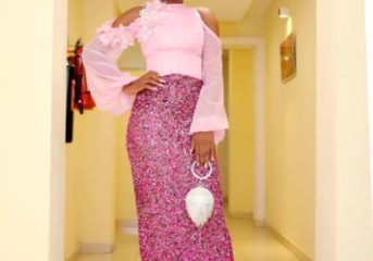 Alex Unusual Stuns In Glittery Asoebi.