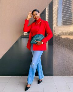what to wear with turtle neck